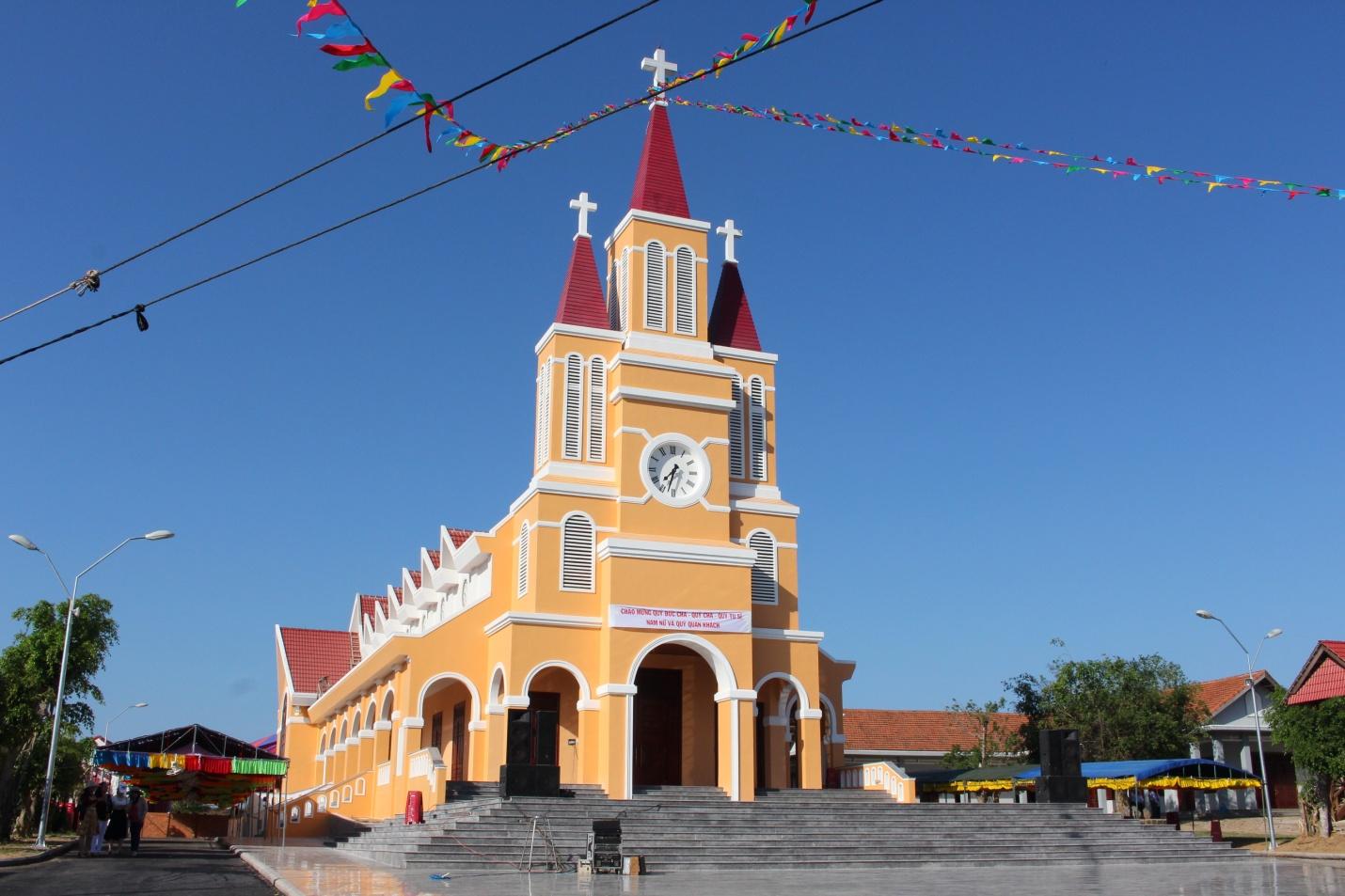 Cảm nhận về thánh lễ ban Bí tích Thêm sức tại giáo xứ Trà Kê